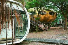 The Retro-Futuristic Ruins of Wanli's Abandoned 'UFO Village'