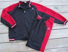 Mens Nike Air Jordan 2 Piece Track Suit set Jacket & Pants size Large XL Adidas Tracksuit, Sports Apparel, Mens Nike Air, Sporty Look, Sports Jacket, Sport Outfits, Men Fashion, Burberry, Air Jordans