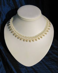 Free Pattern for this beautiful necklace.