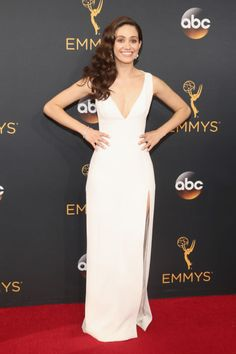 Best Red Carpet Dresses at 2016 Emmy Awards - Red Carpet Looks at the Emmys