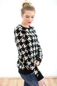 Schwarz-Weißer Pullover im 70er Jahre Look / black and white sweatshirt in 70s style made by Shoko via DaWanda.com