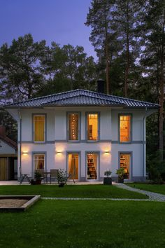 Style At Home, Small House Design, Sweet Home, Construction, Mansions, House Styles, Building, House Ideas, Houses