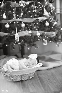 New born Photography Christmas baby <3