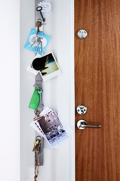 Getting your hallway in order needn't take an entire day - or even half a day. With the help of a magnetic knife rack from the kitchen department we've created a handy little home for keys. You can use magnets to attach notes and reminders, but metal keys 'stick' to the magnetic rack directly.