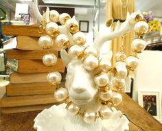reindeer just love pearls, i guess.