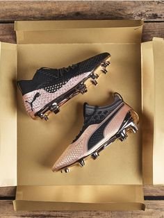 Best Soccer Shoes, Best Soccer Cleats, Adidas Soccer Shoes, Soccer Gear, Football Cleats, Nike Soccer, Soccer Stuff, Puma Football Boots, Soccer Boots