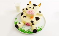 MOOOve over boring desserts - this cow cake is a showstopper. Perfect for making with the kids. #AroundTheTable
