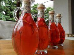 Pavlova, Hot Sauce Bottles, Decor, Food, Decoration, Essen, Meals, Decorating, Yemek
