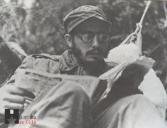 """Historia de Cuba Twitterissä: """"Selección fotográfica """"Fidel en la Sierra…"""