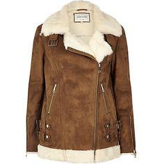 Brown oversized aviator jacket 113,00 €
