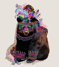 A primeira vista, o trabalho da artista Kris Tate, lembra uma mescla de essências da Missoni com mash-up de colagens que remetem a new rave, mas é muito além disso, ela nasceu na cidade de Guatemal…