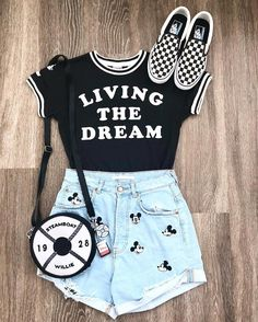 I'm going to be Living the Dream in my happy place today❤️ . So excited to be back! Most of all because I'll be spending time with my… Image source Disney World Outfits, Cute Disney Outfits, Disney Themed Outfits, Disneyland Outfits, Cute Outfits For School, Outfits For Teens, Trendy Outfits, Summer Outfits, Disney Bound Outfits Casual