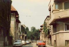 Istoria tragică a cartierului Izvor - Bucurestii Vechi si Noi Old Photos, Cartier, Street View, Military, Park, Old Pictures, Vintage Photos