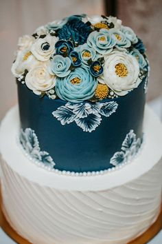 Vintage Blue Floral Wedding Cake // antique, billy balls , spring, summer
