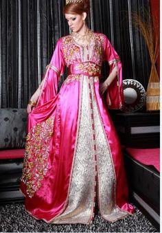 La vente de caftan marocain pour jeune fille; achetez un joli caftan marocain avec plein d'ornement avec skali, …