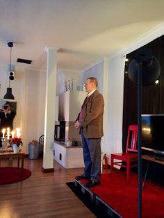 Jouluchillailu ja Tauno Moilanen, yleisö valmiina.