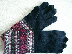 """One day I want to try and recreate these (which were bought in Tallinn, Estonia) as I am afraid to wear them -- in case I lose one.  They fit perfectly and have wonderful finger """"joinings"""""""