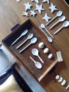 #mercadoloftstore #porto #umseisum  #wood #madeira #furniture#renovado #mobiliário #woodenfurniture #loja #lojadedecoração #store #decorstore #ceramic #ceramica #spoon #colher #colherceramica #star #estrela #tabuleiro #sequence