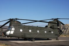 https://flic.kr/p/6XDAhU | WA-NG Hook | Location: Eagle County Apt., CO  A rather freshly painted CH-47D (87-00111)  from the Washington Army National Guard was at HAATS (High-Altitude Army Aviation Training Site) for said training.    This course is attended by all services and several foreign nations.  Over the course of a week, helicopter aircrews are taught how to fly their aircraft in High, Hot, and Heavy environments. (a la Afghanistan!)