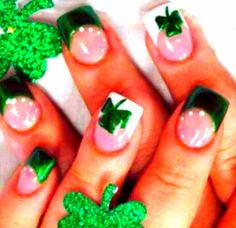 freakin love these! wanna do this..St. Pattys day nail polish designs.