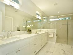 bathroom marble and white