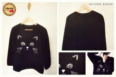 Sudadera de Gato Azul Oscuro con Moño  Ref. C.V.004 // $ 100.000  Talla: S