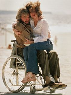 Best Actor and Best Actress 1979 - Jon Voight as Luke Martin and Jane Fonda as Sally Hyde in Coming Home (Oscars/Academy Awards) Jane Fonda, Jane Seymour, Great Films, Good Movies, Greatest Movies, Coming Home 1978, Jon Voight, Best Actress Oscar, Film 2017