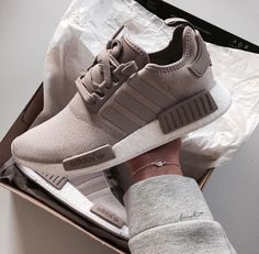 7d65a3f342562a 133 Best Shoes images in 2019