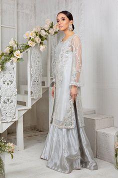 Embroidery Leaf, Pakistani Designers, Timeless Classic, Kimono Top, Chiffon, Sequins, Wedding Dresses, Lace, Model