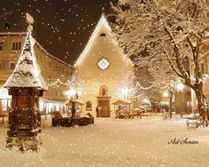 in Europe Selva is a ski area in Val Gardena, hence the name Selva di Val Gardena. Val Gardena itself is a long Christmas Photos, Christmas And New Year, Winter Christmas, Christmas Town, Italy Christmas, Winter Snow, Christmas Heaven, Merry Christmas, Christmas Desktop