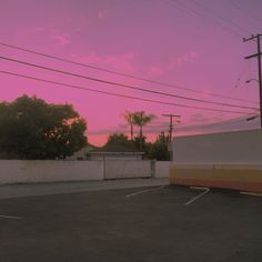 New post on drunkonaesthetics Pretty Sky, Beautiful Sky, Aesthetic Grunge, Aesthetic Photo, Vaporwave, Glitch, Vape, Yung Lean, Lilac Sky
