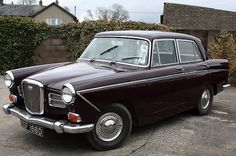 """1966 Wolseley 16/60 (Farina Styled) with 1.6L BMC """"B"""" Series in-line 4-cylinder OHV Engine"""