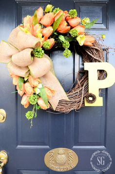 Spring Projects & Ideas - Tulip wreath by Stone Gable