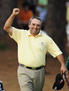 Angel Cabrera wins the Masters in a two hole playoff during the final round of the Masters Golf Tournament at the Augusta National Golf Club Sunday April 12, 2009. (Photo by Annette Drowlette/Augusta Chronicle)