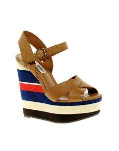 Steve Madden Waaves Color Block Wedges
