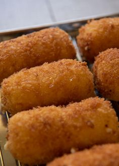 Hero shot of zoomed-in Creamy Shrimp Croquettes. Hero shot of zoomed-in Creamy Shrimp Croquettes. Fish Recipes, Seafood Recipes, Asian Recipes, Cooking Recipes, Japanese Recipes, Yummy Appetizers, Appetizer Recipes, Dinner Recipes, Gastronomia