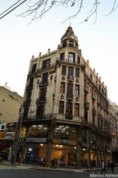 Misteriosa BsAs: Gaudi en Buenos Aires / Gaudi in Buenos Aires