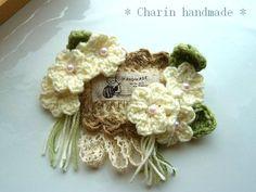 画像1: * Charin Hand made *お花のコサージュ/ホワイト/ねこと毛糸