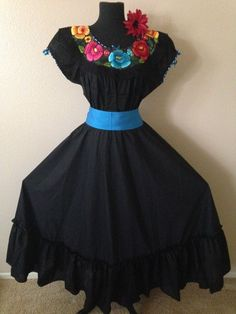 Mexican Fiesta 5 de Mayo Wedding Black Dress 2 Piece w Small Turquoise Sash Mexican Costume, Mexican Outfit, Mexican Dresses, Mexican Clothing, Black Wedding Dresses, Wedding Black, Mexican Quinceanera Dresses, Quinceanera Ideas, Traditional Mexican Dress