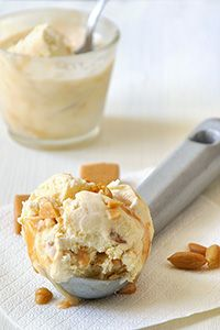 Παγωτό καραμέλα xωρίς παγωτομηχανή/No-churn caramel ice cream Greek Sweets, Greek Desserts, Frozen Desserts, Greek Recipes, Fun Desserts, Dessert Recipes, Food Network Recipes, Food Processor Recipes, Cooking Recipes