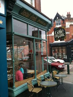 Organic Cafe by Dubber, via Flickr