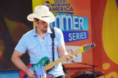 was nothing short of Outstanding at his concert in Double Decker Bus, Brad Paisley, Central Park, New York City, Nyc, Concert, New York, Concerts