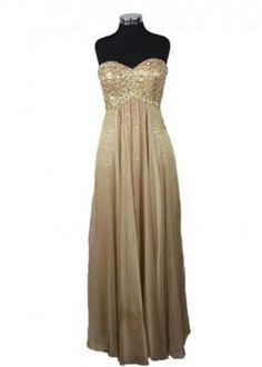 Vestido dorado con aplicaciones de encaje. #graduacion #15 #matrimonio #fiesta #golden #vestidos #wedding #party #dress #fashion #style #design #outfit #shopping #dorado #glam
