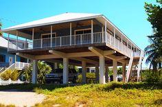 Miami autolla päivässä - mitä ei kannata tehdä ja pari kivaakin juttua - Matkablogi Vaihda vapaalle Key West, Home Fashion, Miami Beach, Cabin, House Styles, Outdoor Decor, Home Decor, Key West Florida, Decoration Home