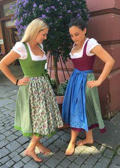 Dirndl Dress, Barefoot Girls, German Women, I Love Girls, Sweet Dress, Sexy Feet, Traditional Dresses, Country Girls, Fashion Boutique