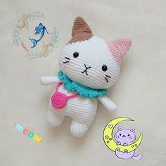Amigurumi Cat Free Pattern – Free Amigurumi Crochet Cat Toys, Crochet Cat Pattern, Crochet Dolls Free Patterns, Knitted Cat, All Free Crochet, Knitted Animals, Cute Crochet, Amigurumi Patterns, Crochet Crafts