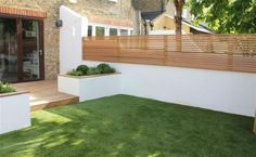 The perfect style of fence for our garden (Garden Design Balham, London, Carolin. - The perfect style of fence for our garden (Garden Design Balham, London, Caroline Garland Garden Des - Backyard Garden Design, Small Garden Design, Backyard Landscaping, Landscaping Ideas, Fence Garden, Garden Walls, Backyard Designs, Small Garden Wall Ideas, Trellis Fence