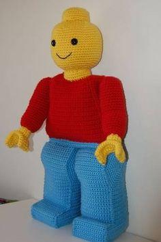 Giant crocheted lego man - by amydice Lego Crochet, Crochet Gifts, Cute Crochet, Crochet For Kids, Crochet Dolls, Crochet For Beginners Blanket, Crochet Blanket Patterns, Crochet Blankets, Lego Man