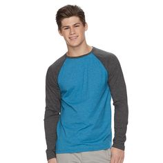 This men's Urban Pipeline tee is loaded with understated style. Raglan Tee, This Man, Urban, Navy, Blue, Style, Hale Navy, Swag, Old Navy