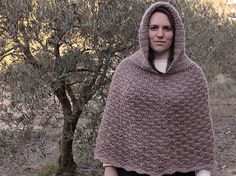 Learn how to make a quick and easy poncho with hood, making the shell stitch.